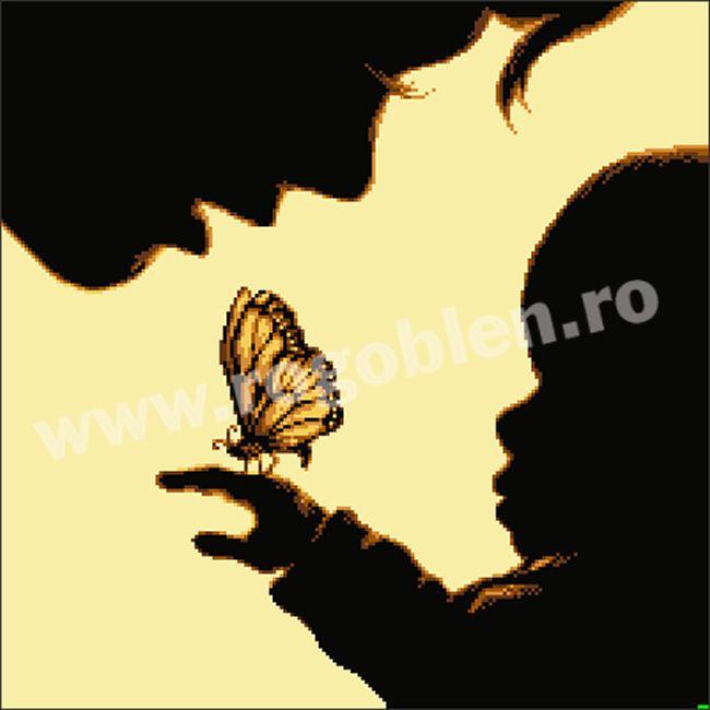 Cod produs 4.93 Fluturas pentru mama Culori: 5 Dimensiune: 20 x 20cm Pret: 49.10 lei