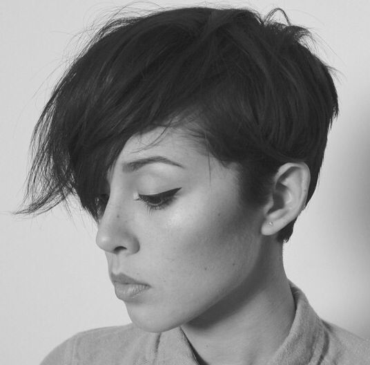 Kina Grannis rocks this hair!!