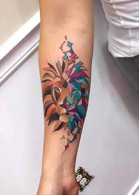 52 tatuagens femininas super fofas em 2020 | Tatuagens de círculo, Tatuagem de leão geométrica, Desenho de tatuagem de leão