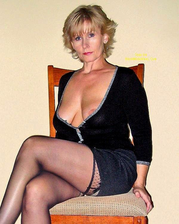 Cougar pov 51 gorgeous hotel manager 8