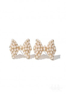 // Pearl Bow TiesBling, Ties Earrings, Pearls Bows, Bows Ties, Bow Ties, Bows Earrings, Shannon Wedding'S Ahhhhhh, Bow Earrings, Shopaholic Anonymous