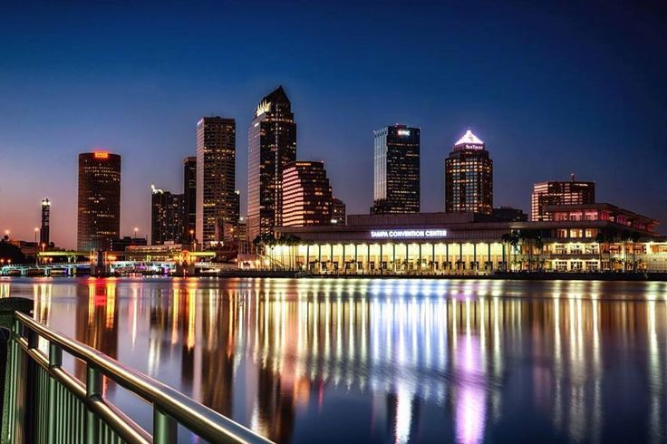 There's no #manic this monday with Alabama and Clemson in town for the College Football Playoff National Championship! Are you attending the game? It's only half a mile from our community! 📷: Tampa Convention Center