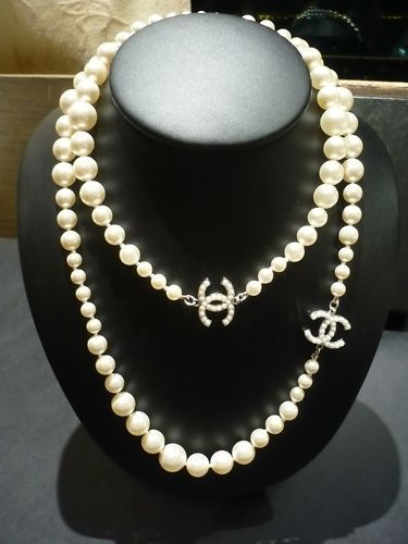 Auth Chanel Silver Cc Logo Pearl Charm Necklace Belt A