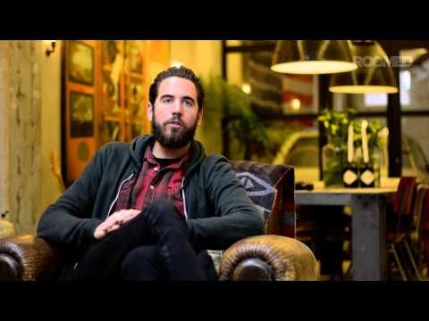 Roomed kijkt binnen bij: James van der Velden - YouTube