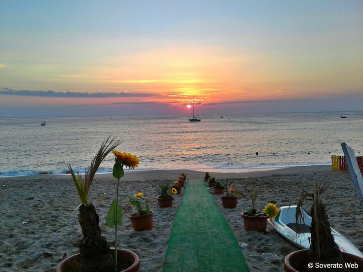 """Soverato Web on Twitter: """"#Soverato #Calabria @Soverato #sunrise https://t.co/CkrxAgFpie"""""""