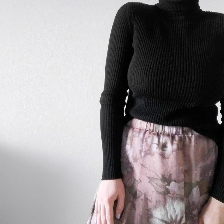 minimal style white black purejulia autumn pink skirt
