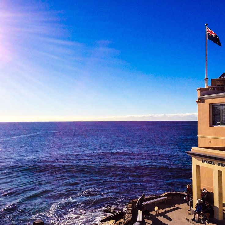 Coogee surf club on a sunny day.☀️