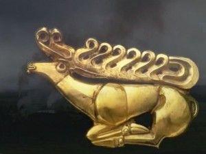 Kép--csodaszarvas. Tapioszentmartoni szkita lelet (arany)