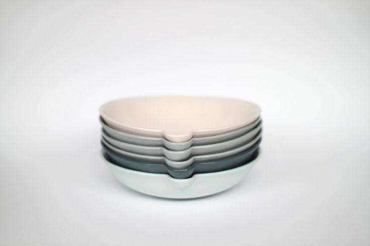 // lip bowl: Bowls Tablestuff, Lip Bowl, Porcelain Concrete, Etsy Bowls, Object
