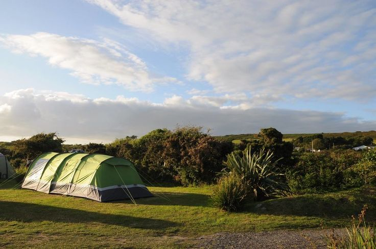 A quiet, family-run, Cornwall campsite situated in the hamlet of Tresowes Hill, between the beaches of Praa Sands and Porthleven.