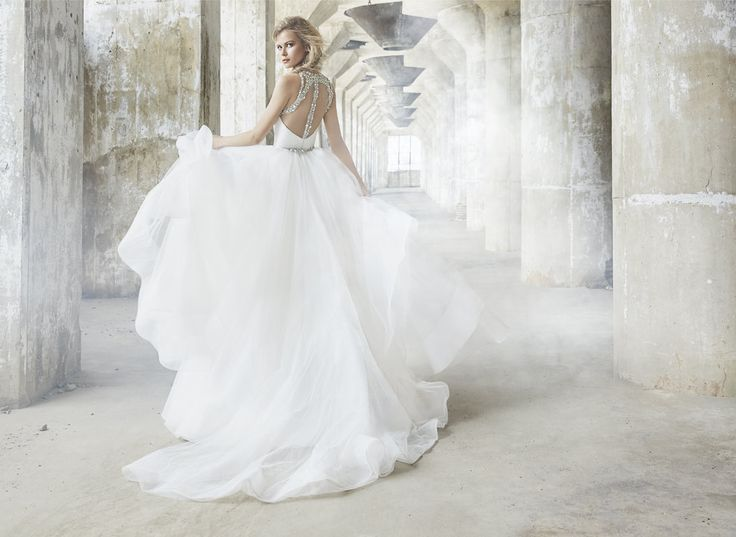 Hayley Paige 6750 Sloane- Find gown @ De Ma Fille Bridal in Ft. Worth, TX. 817.921.2964, www.demafille.com