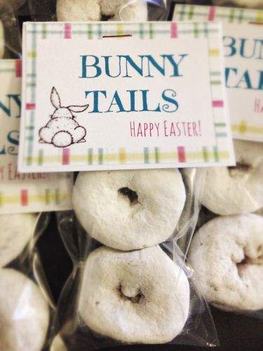 Bunny Tails - DIY Easter Treats or Easter favors. Free printable.