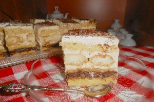 Reteta culinara Prajitura Catalina din categoria Prajituri. Specific Romania. Cum sa faci Prajitura Catalina