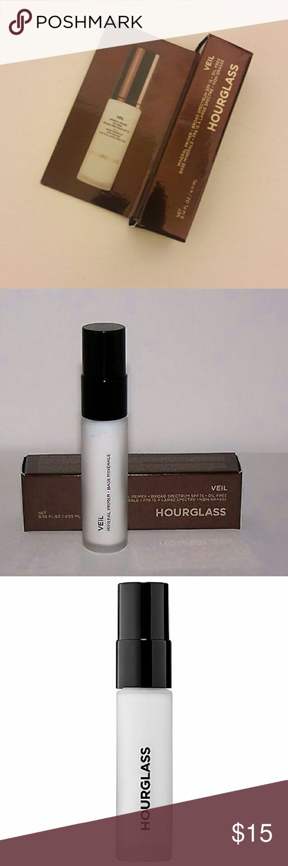 Primer Veil Mineral Primer  * Broad Spectrum SPF 15 * Oil Free  A mineral-based, water-resistant primer that neutralizes the skin, minimizes shine, and creates a smooth, uniform canvas for flawless makeup application. Hourglass  Makeup Face Primer