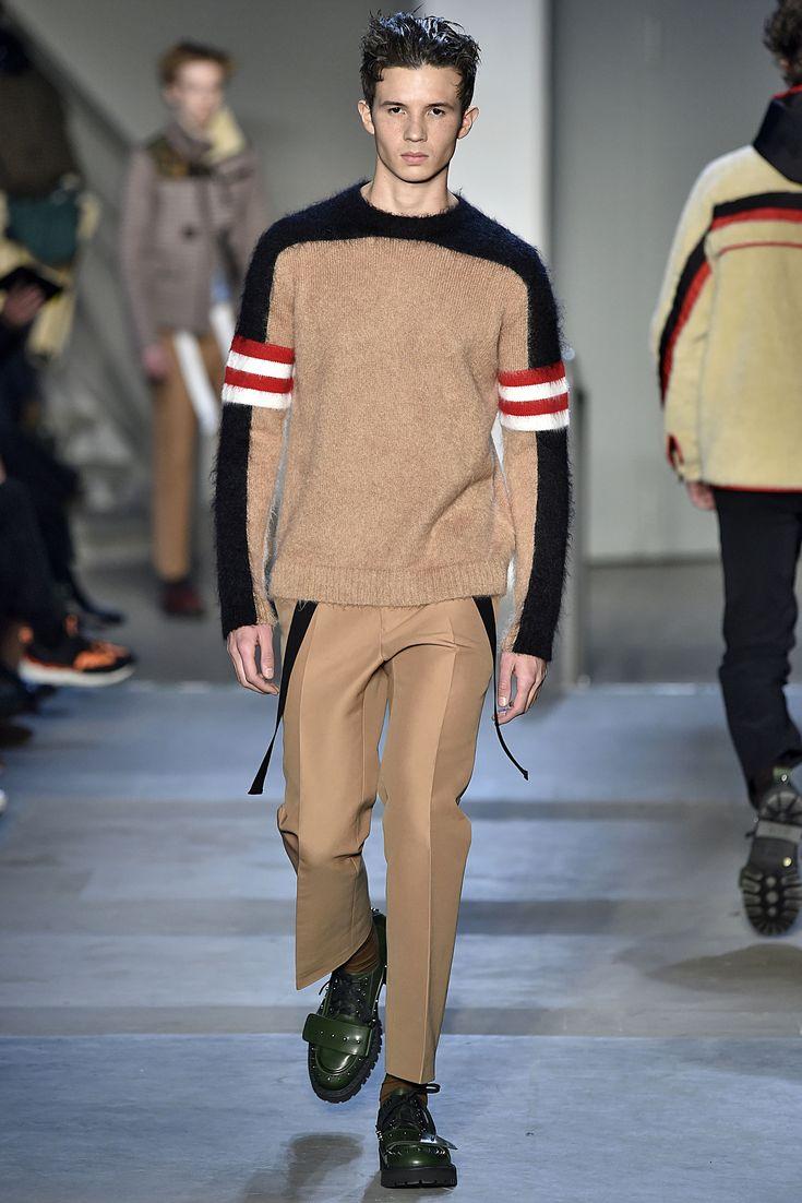 No.21 Milan Menswear Fall Winter 2017 January 2017