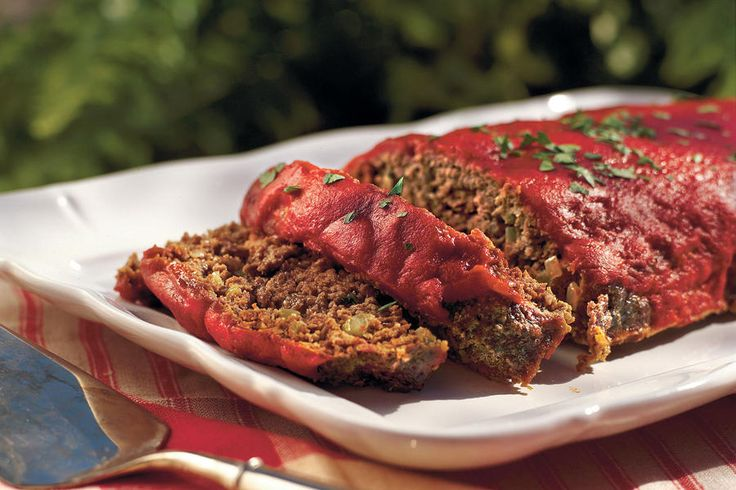 This Southern meatloaf recipe features Creole and Greek seasonings and a hint of garlic. A few tablespoons of Worcestershire sauce spice up the traditional ketchup topping.Recipe: Old-fashioned Meatloaf