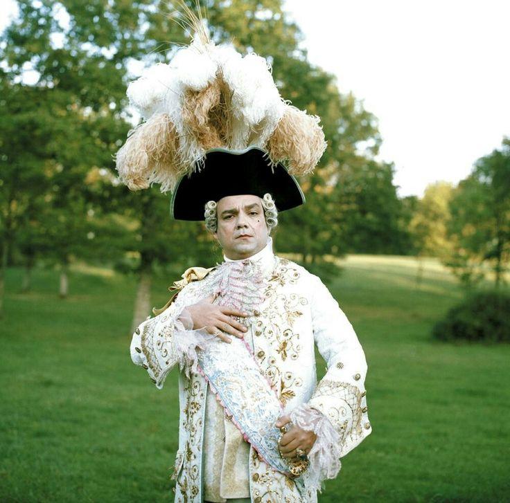 Fanfan la tulipe Didier Bourdon as Louis