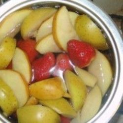 Как сварить компот из очень мягких фруктов и не разварить их?