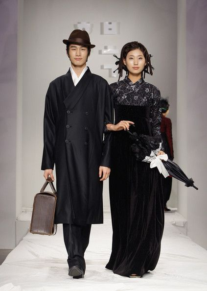 한복 Hanbok : Korean traditional clothes[dress] | Hanbok Fashion Show - Pictures - Zimbio