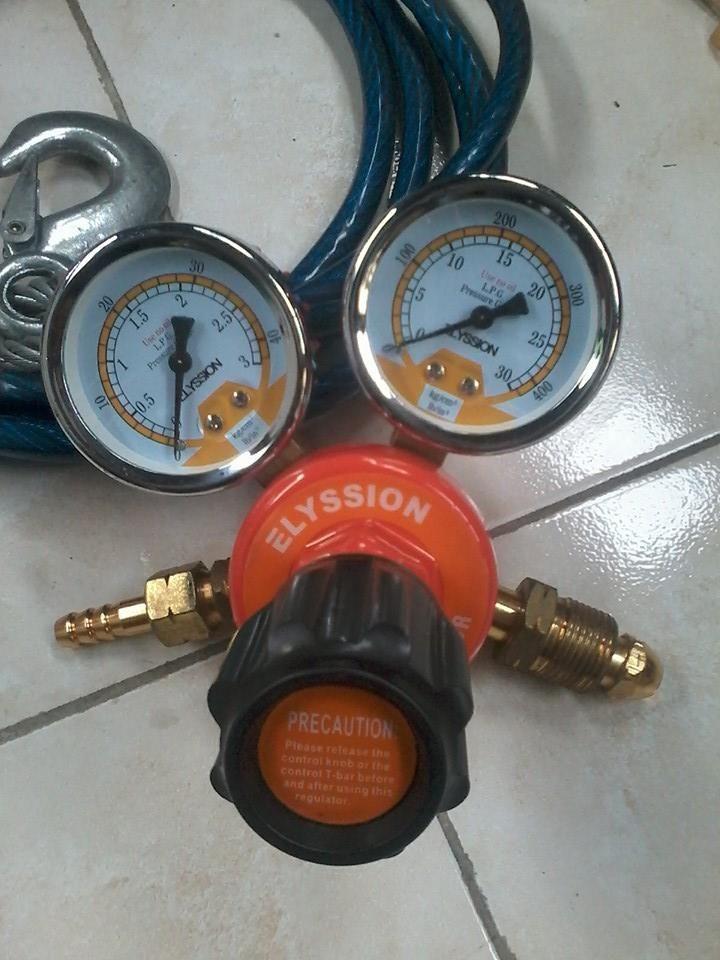 Alat pengatur tekanan gas, yang mampu bekerja pada tekanan rendah dan tinggi. Alat ini dibuat dengan bahan yang kuat dan rapi