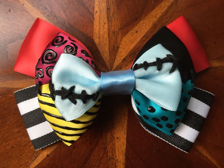 It took a lot of ideas before I finally settled on this style as my official Sally bow. This bow is my interpretation of Sally from Disney's The Nightmare Before Christmas. #disney #thenightmarebeforechristmas #sally #jackskellington @timburton @dannyelfman @catherineohara @chrissarandon @disneystudios #hairbows #hairbow #handmade #crafty #missmbowtique #missmaeganbowtique #missmaegansbowtique @missmbowtique #cosplay