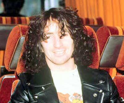 Bon Scott - AC/DC ....Alcohol poisoning. 34 years old July 9, 1946 - February 19, 1980