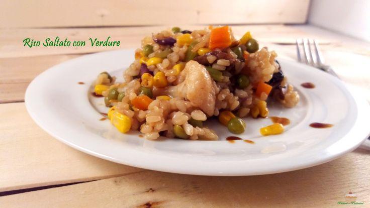 Il Riso saltato con Verdure è una ricetta molto semplice, salutare e gustosa, che trova ispirazione nella cucina orientale.