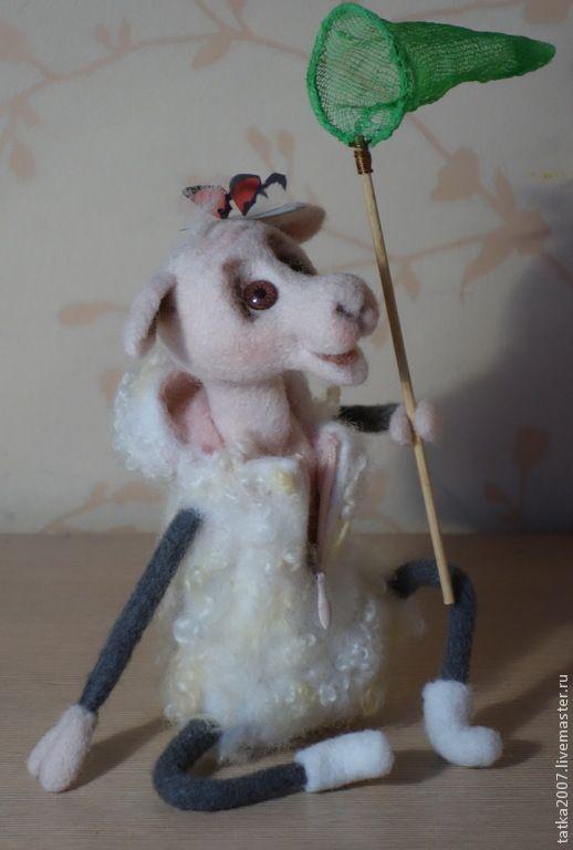 """Купить Валяная овечка """" А я люблю лето"""" - овечка, игрушка ручной работы"""
