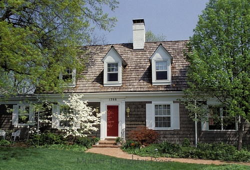 Cottage with cedar shake siding roof home pinterest for Cottage siding ideas