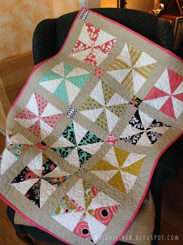 baby girl pinwheel quilt | bright linen