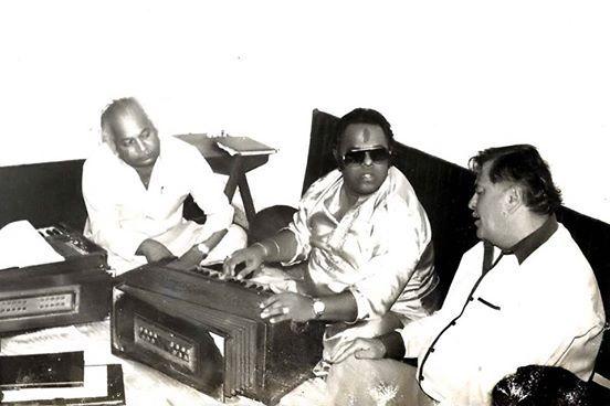 Baatein bhul jaati hai ....yaadein yaad aati hai  with Raj Kapoor