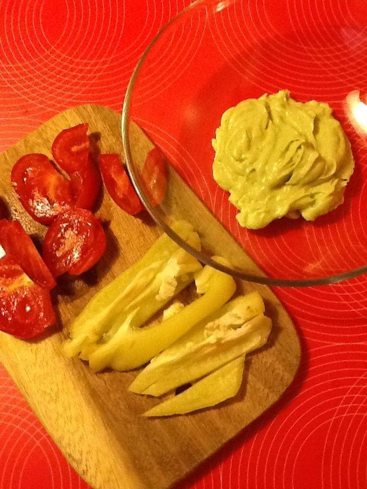 Maioneza+raw+din+avocado.+Chiar+are+gust+de+maioneza!!!