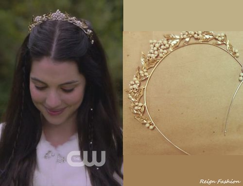 In the last episode's proposal scene Mary wore the Untamed Petals Miranda Tiara (not available online).
