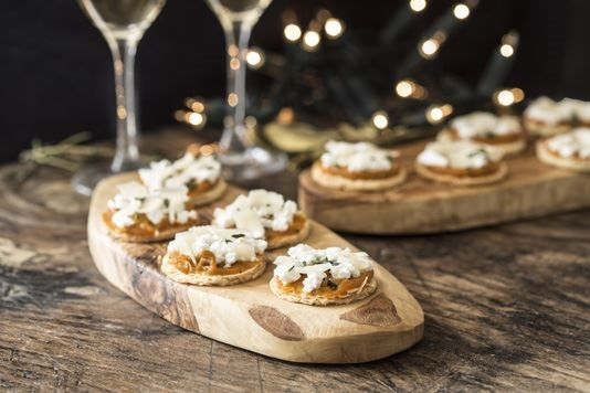 Tom Aikens' organic mini pumpkin and ricotta tarts with spiced honey recipe