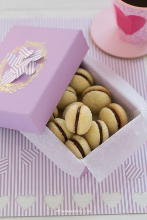 Baci di Dama, Recipe Italian Hazelnut Cookies, valentine's day recipe