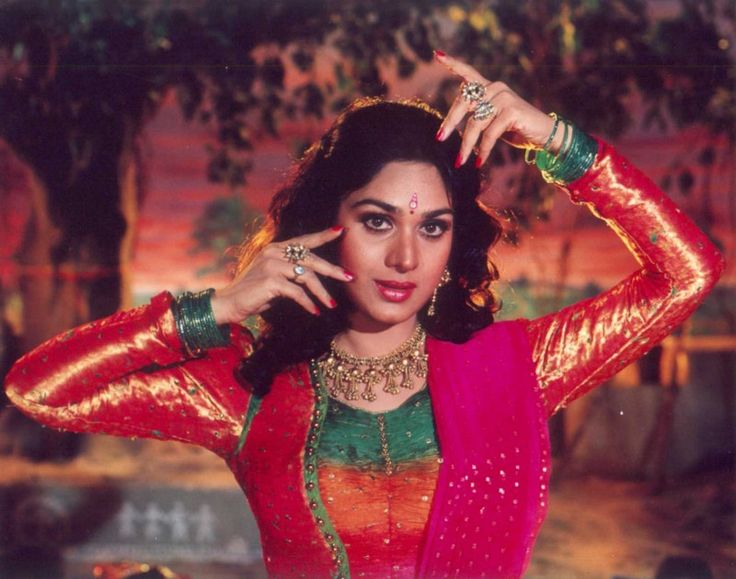 Happy Birthday, Meenakshi Seshadri.(16/11) – Bollywoodirect