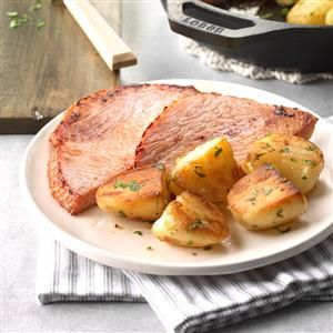 Country Ham and Potatoes Recipe -The browned potatoes give simple ham a tasty touch. Not only do the potatoes pick up the flavor of the ham, but they look beautiful! Just add veggies or a salad and dinner's done. —Helen Bridges, Washington, Virginia