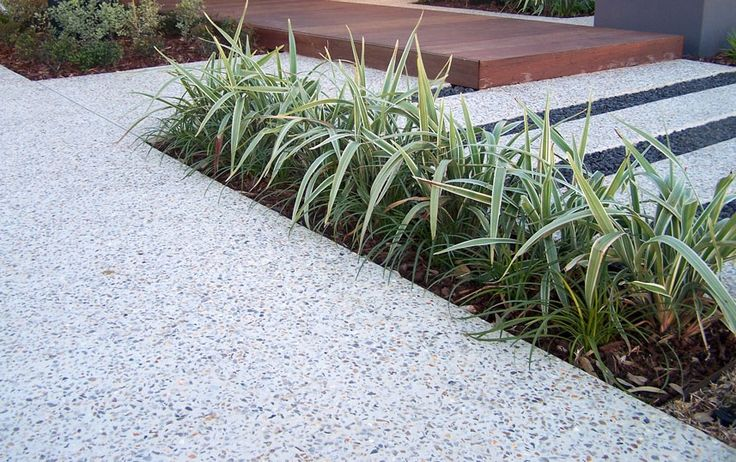 Concreters Melbourne, Exposed Aggregate Paths & Driveways
