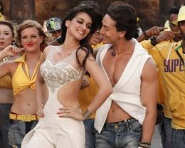 Tiger Shroff And Kriti Sanon In Heropanti Movie HD Wallpapers Download at Hdwallpapersz.net