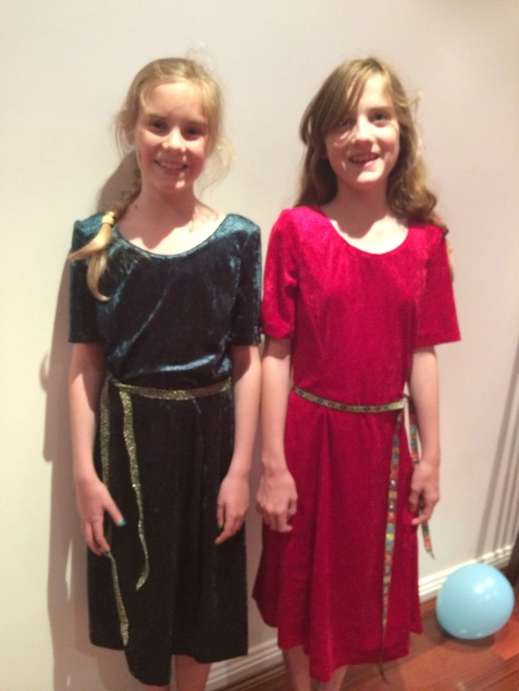 Sarah and Amy in Medieval Velvet Dresses - thanks to Nanna at Christmas (hand-made).