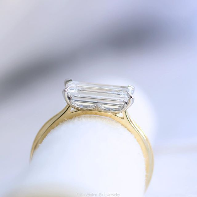 💕sigh so dreamy 💍 a side view of the emerald cut #laurelsolitaire we made for @angie_crabtree - tiny details with all of the Laurel's lilt #erikawintersbridal