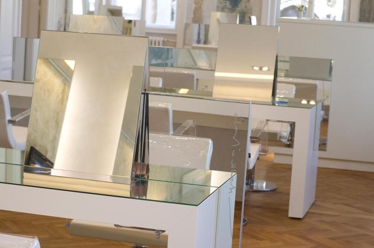 Goran Viler Hair SPA - Salone parrucchiere #hairstylist #hairdresser #mirror