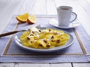 Das Rezept für Orangen-Carpaccio mit Honig-Frischkäse und Walnüssen und weitere kostenlose Rezepte auf LECKER.de