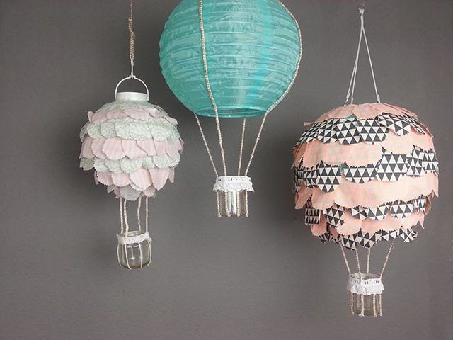 diy anleitung hei luftballon lampe f r das kinderzimmer basteln via decoration. Black Bedroom Furniture Sets. Home Design Ideas