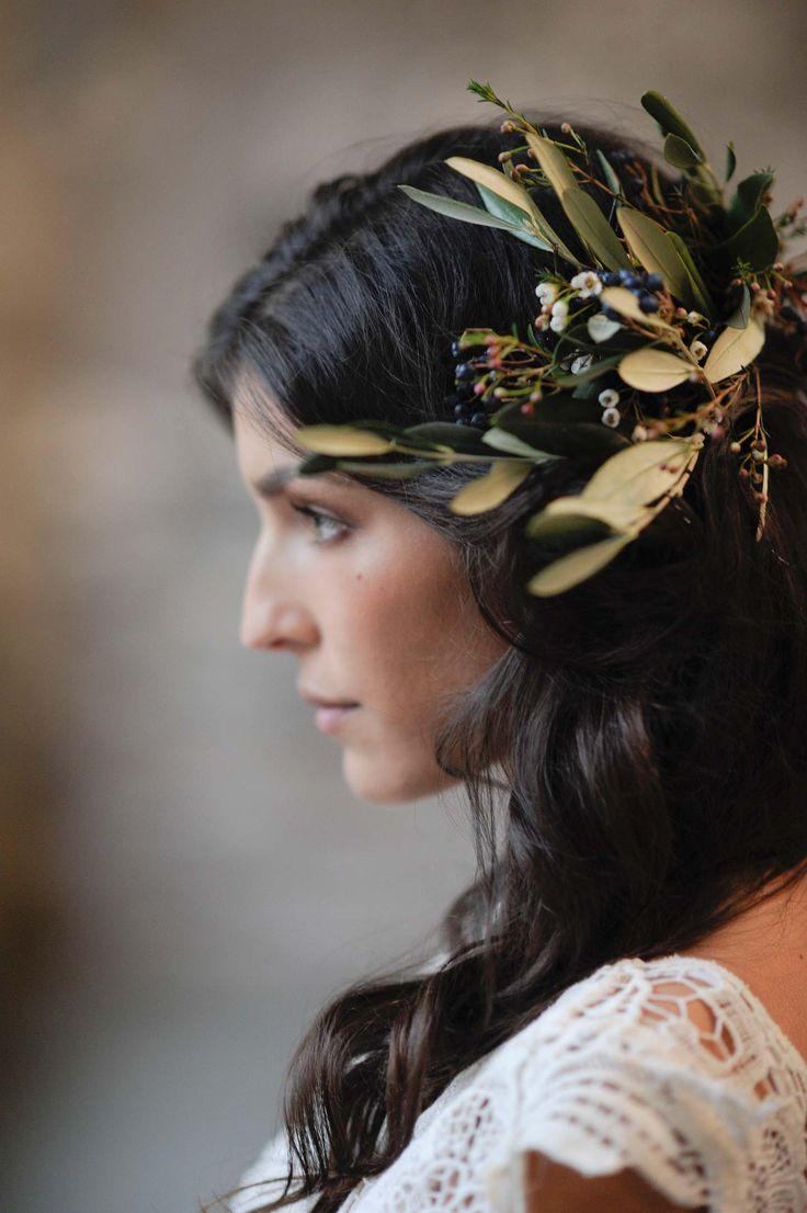 16 best Flower arranging images on Pinterest   Floral arrangements ...