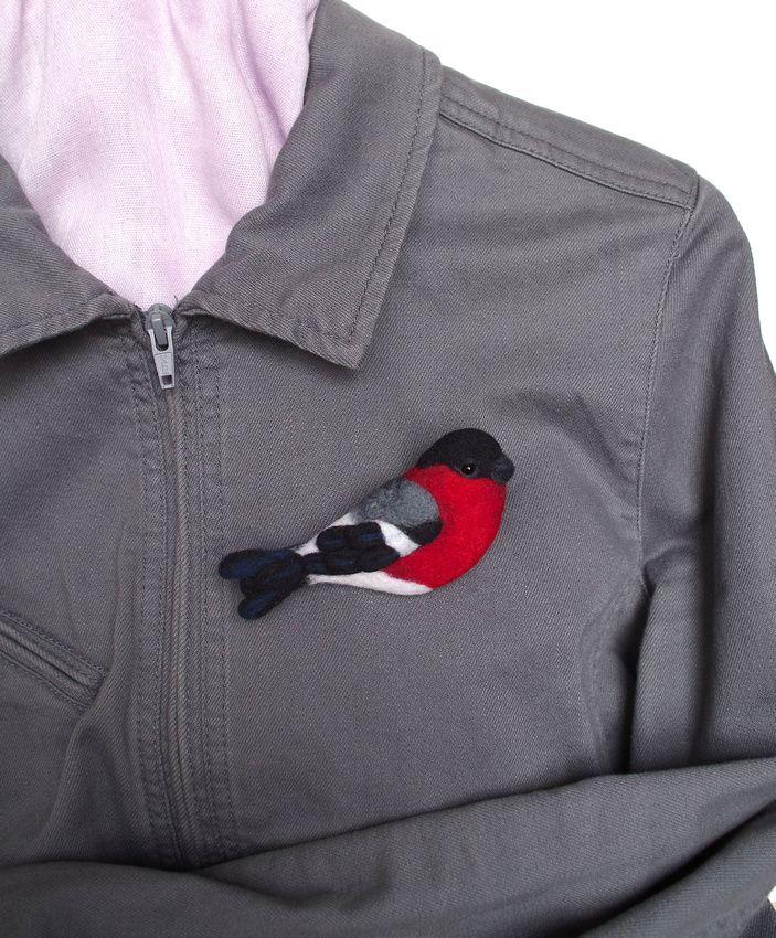 Bullfinch felted brooch