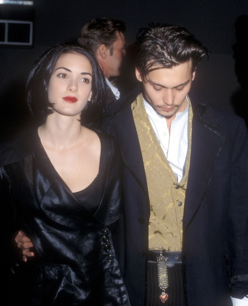 Johnny Depp and Winona RyderJohnny Depp, Winona Ryder, 1990S Style, 1990S Makeup, Icons 90S, Couples Icons, Winona Forever, Inspiration Style, Couples Bites