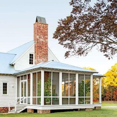 Alabama Farmhouse: The Screened Porch