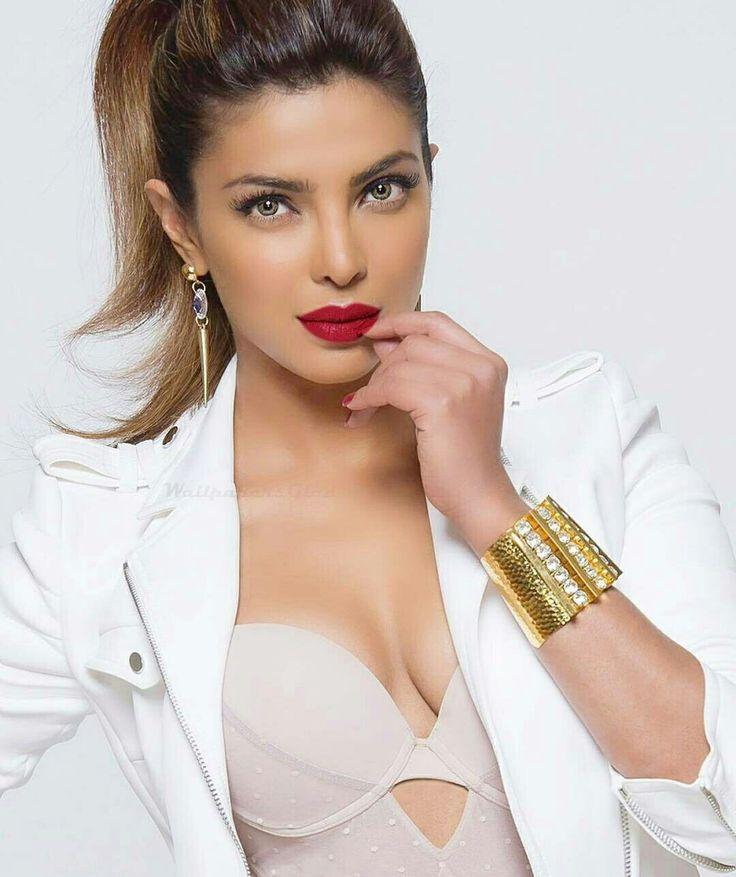 Priyanka Chopra - www.facebook.com/ILoveHotAndCuteCelebrities