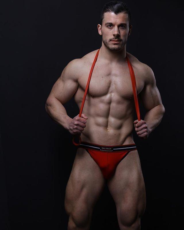 Craig Bolton   Sex   Pinterest   Morena, Sexy e Homem b76df1fba6
